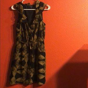 Sleeveless ruffled butterfly dress